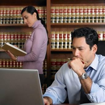 Как юрист может найти клиентов